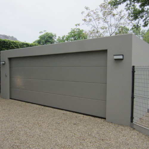 moderne garagebox in beton grijs / antraciet