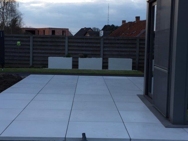 Carrelages en b ton int rieur ou ext rieur betonal for Carrelage 100x100 exterieur